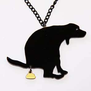 GoldenTurd necklace black