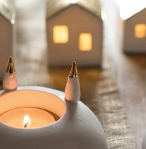 Little light Houses