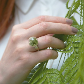 Ring green moss