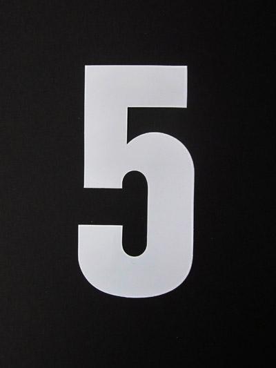 Basic wit groot 5