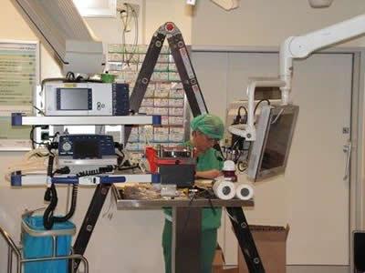 8-Glasvezel Erasmus MC operatie kamer.jpg