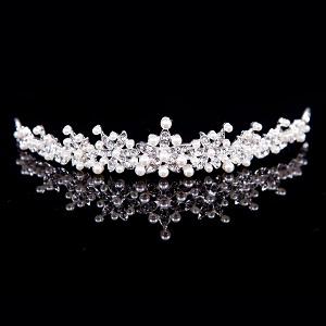 Haarband/ tiara strass steentjes