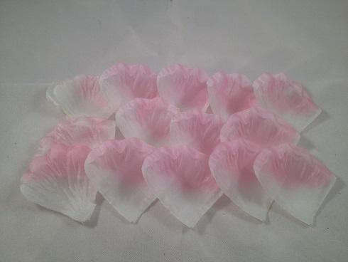 Crème met lichtroze rand (4 x 4,5 cm)
