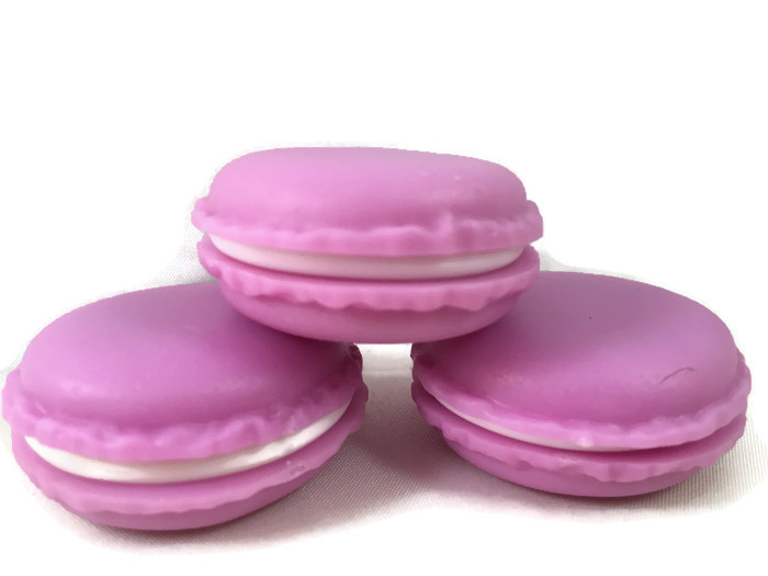 https://myshop.s3-external-3.amazonaws.com/shop3044400.pictures.15009 macaron paars 1.jpg
