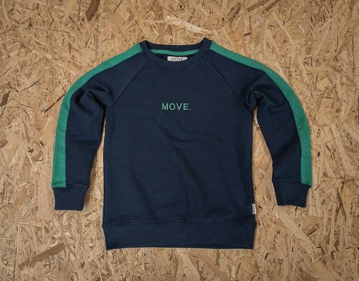 https://myshop.s3-external-3.amazonaws.com/shop3044400.pictures.move-sweater-green-sleeve-navy.jpg