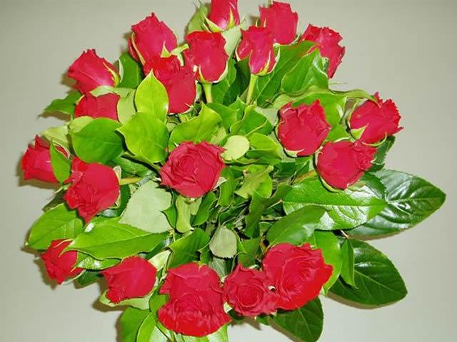 https://myshop.s3-external-3.amazonaws.com/shop3363900.pictures.Boeket1.jpg