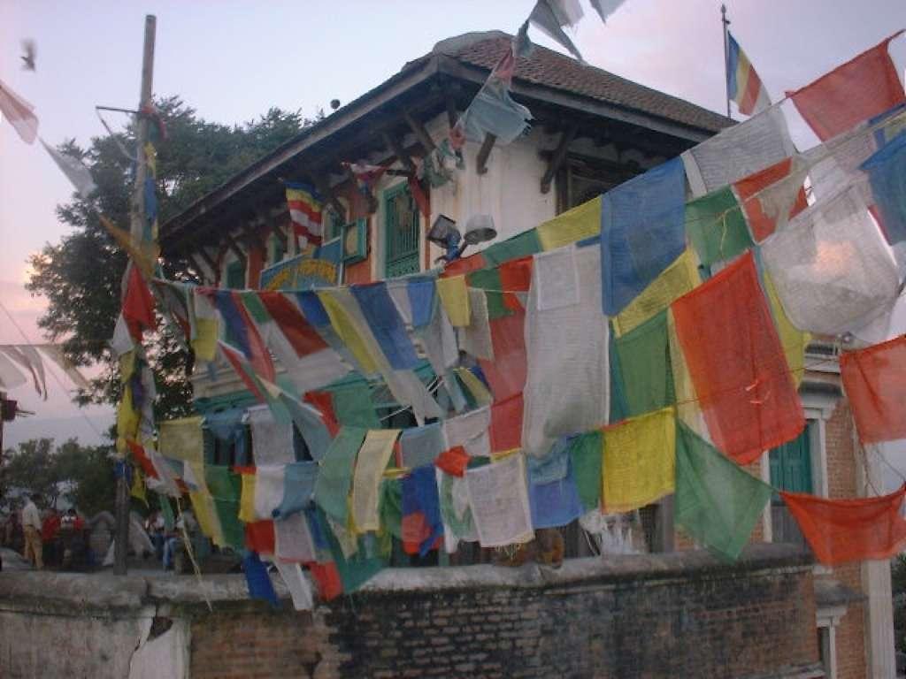 3 - Swayambhu Nath (monkey temple) met gekleurde gebedsvlaggen