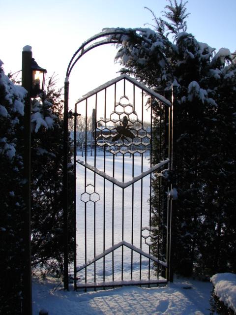 winter poortje bij.jpg