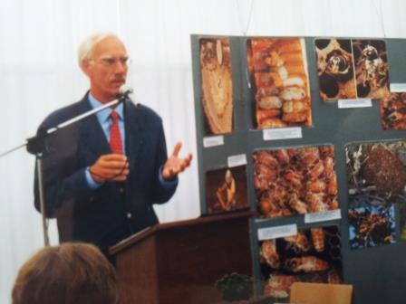 1 - Burgemeester F.R. Grienberger opent het bezoekerscentrum