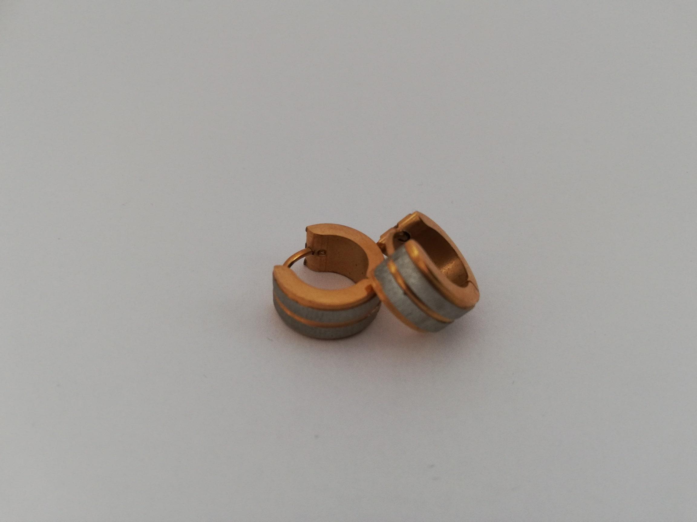Creolen goudkleurig met zilveren vlakken