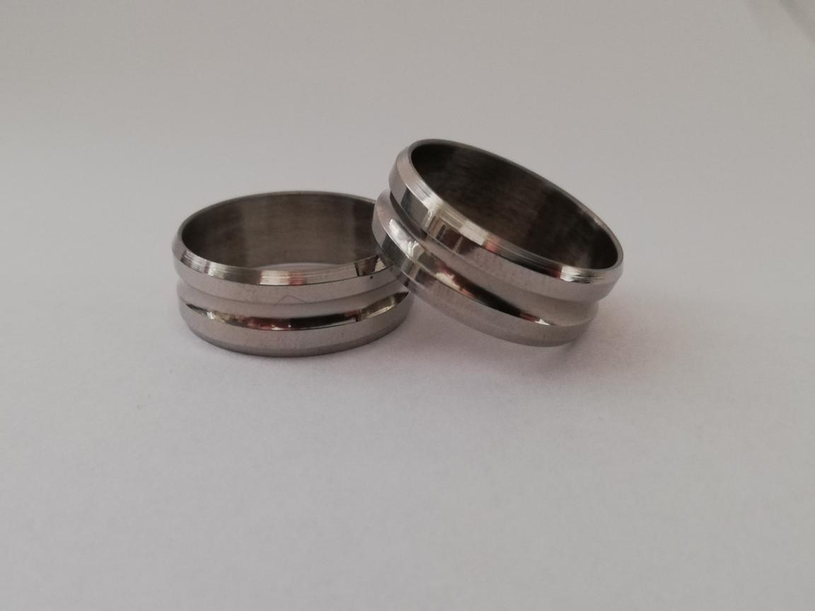 Ring met twee randen
