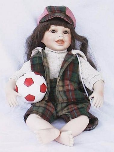 Porseleinen pop meisje 25 X 18 centimeter