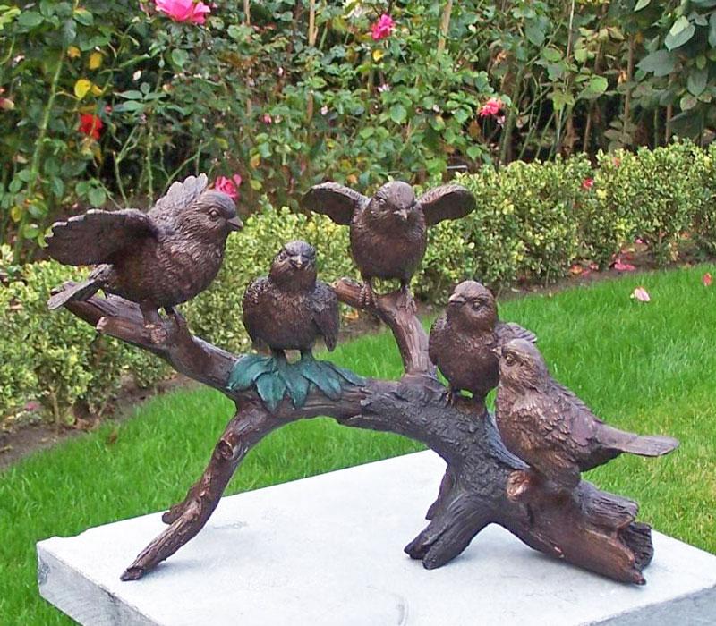 Bronzen beeld vogeltjes op tak