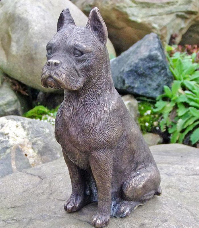 Bronzen beeld Deense dog