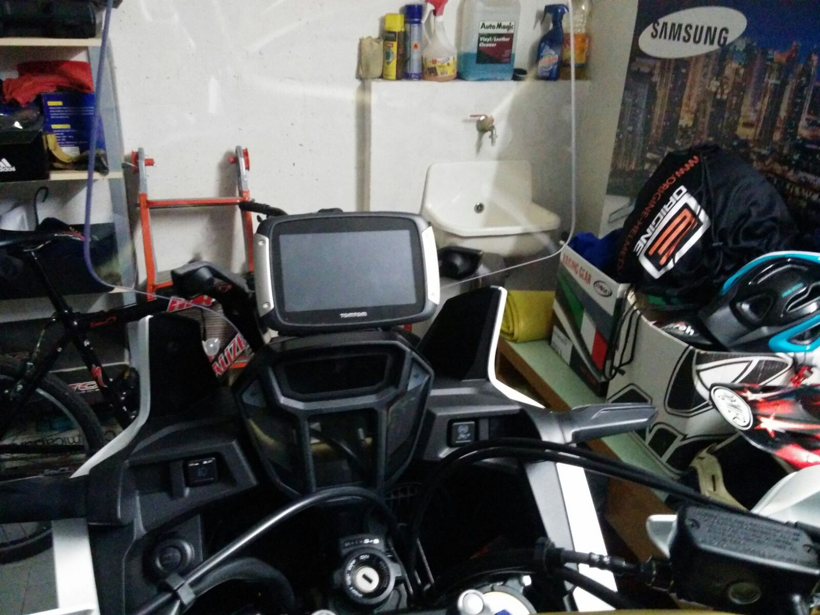 Honda Africa Twin GPS/Smart phone houder 2016-2017