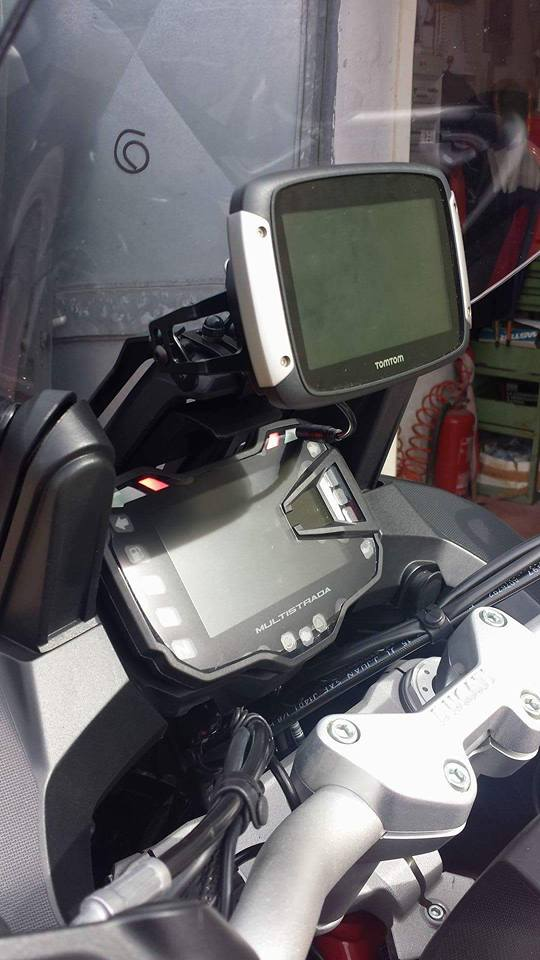 DUCATI MULTISTRADA 1260 2018- GPS/Smartphone Houder