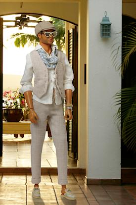 Desert Winds Tajinder Chowdhury™ Fashion Figure