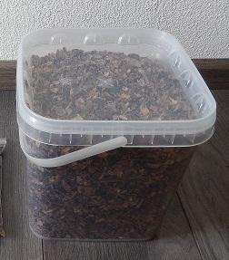 johannesbrood in emmer 2,0 kilo.