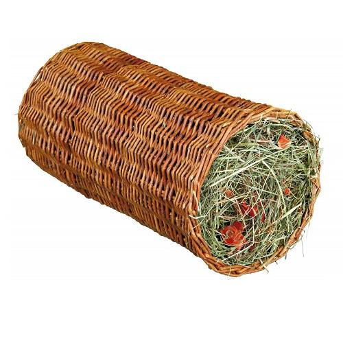 Gevulde wilgen hooi rol groot met wortel.