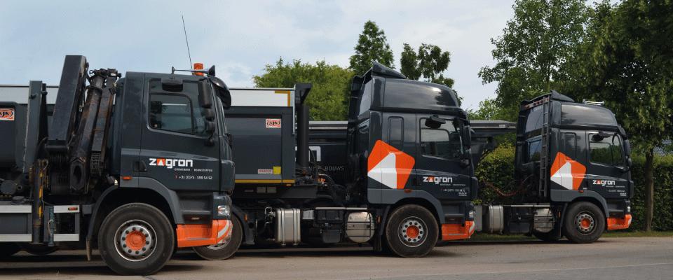 3 - ZAGRON beschikt over een tweetal kipopleggers waarvan een geïsoleerd voor asfalttransport en kraanauto met containersysteem.