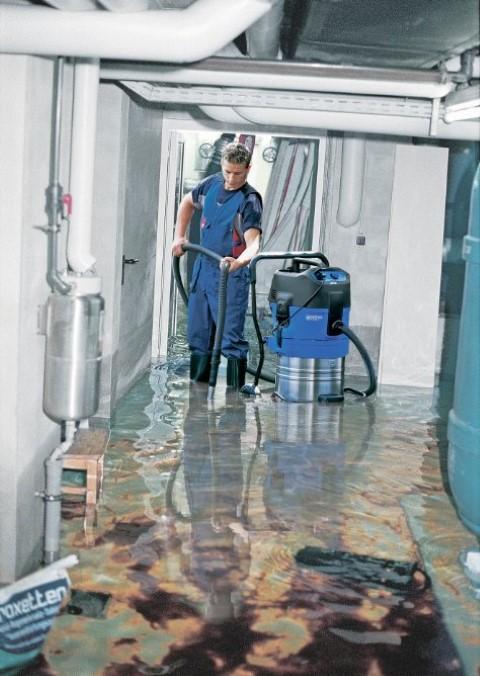 Nilfisk waterzuiger met klokpomp ATTIX 751-61