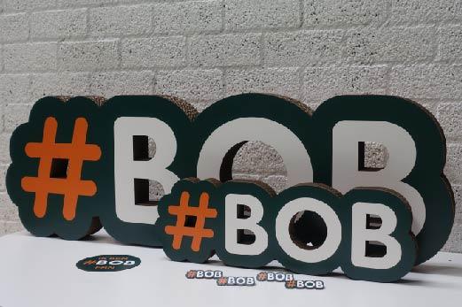 3d letters, broche met print
