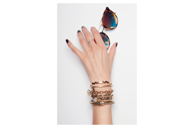The Esclave Zig-Zag Gold Out | Silis Clamp Cuff Bracelet