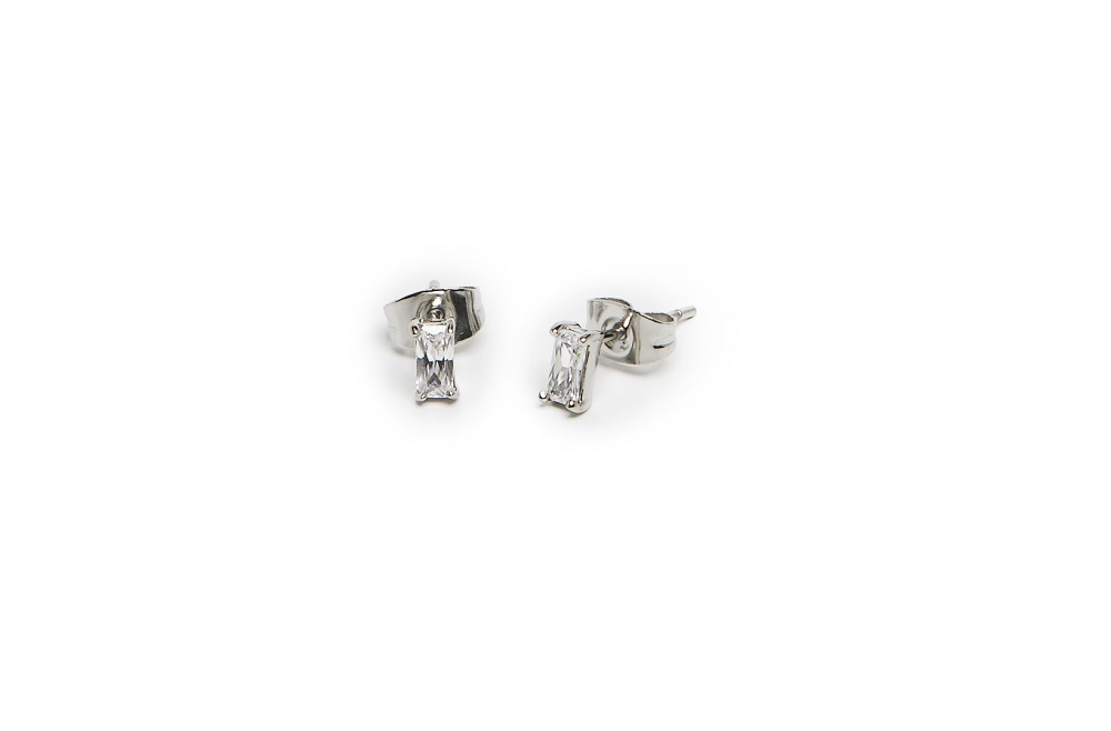 The Earrings Baguette So Silver & White | Silis Stud Earrings