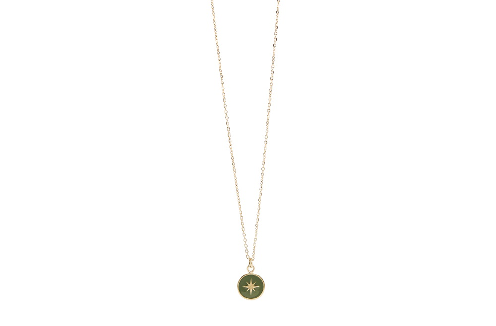 The Necklace Star Color Gold Out & Green | Silis Charm Necklace