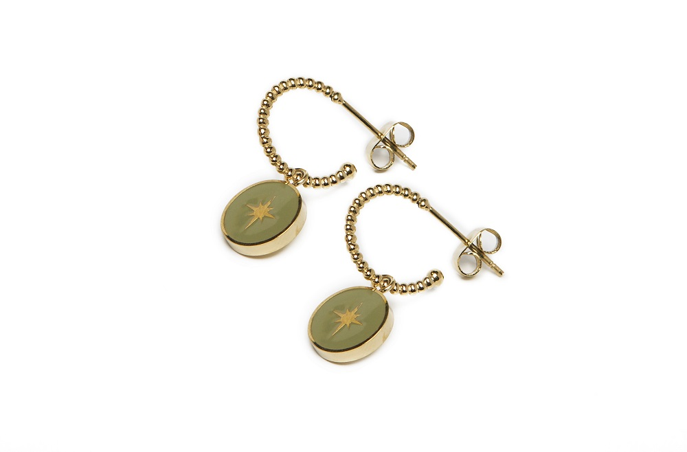 The Earrings Star Color Gold Out & Green | Silis Charm Earrings