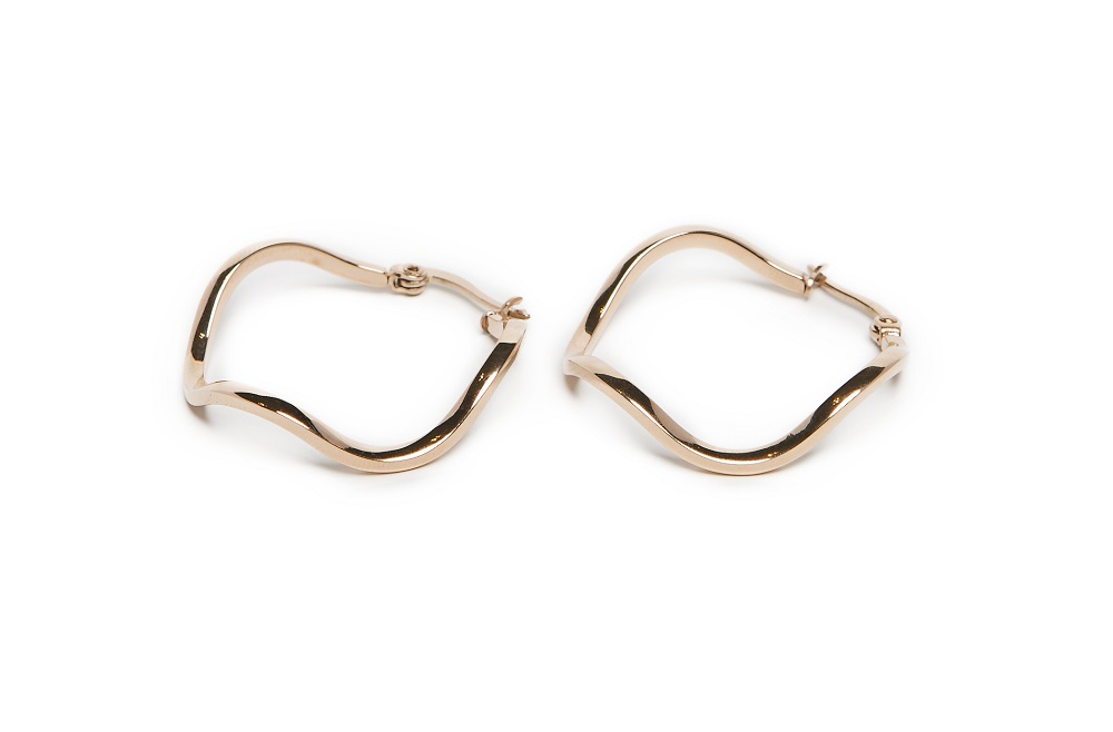 The Earrings Wave Gold Out - IPG Gold Plating | Silis Hoop Earrings