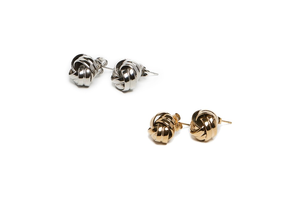 The Earrings Knots Gold Out | Silis Stud Earrings