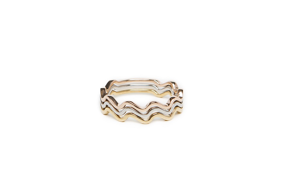 The Ring Wave Rosé All Day | Silis Stackable Ring