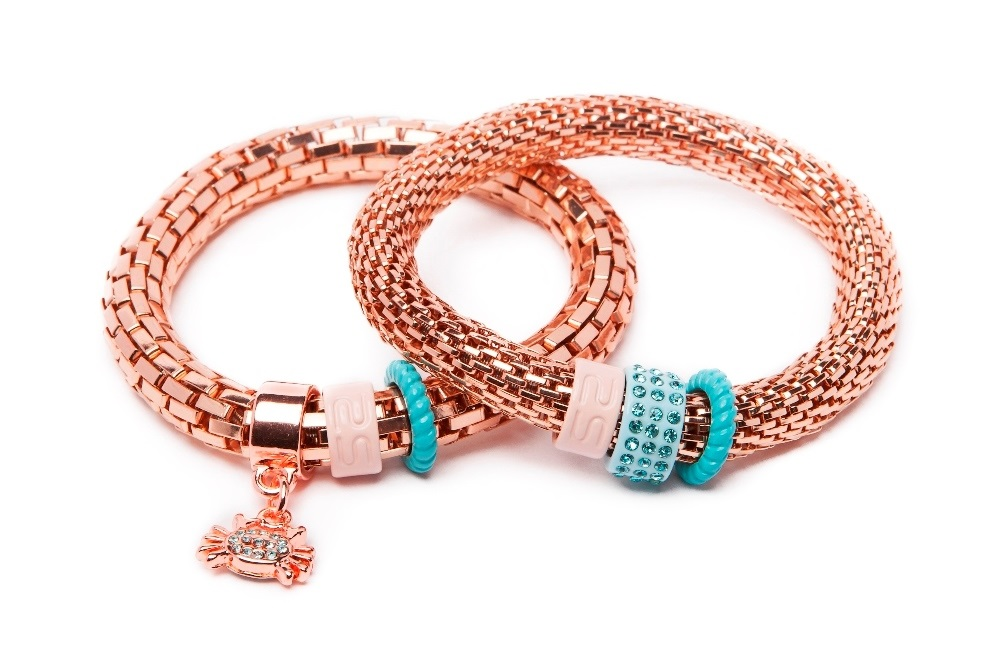 https://myshop.s3-external-3.amazonaws.com/shop5646700.pictures.SS1711_Silis_The_snake_strass_bracelets_Pink_gold_crab_Bracelet.jpg