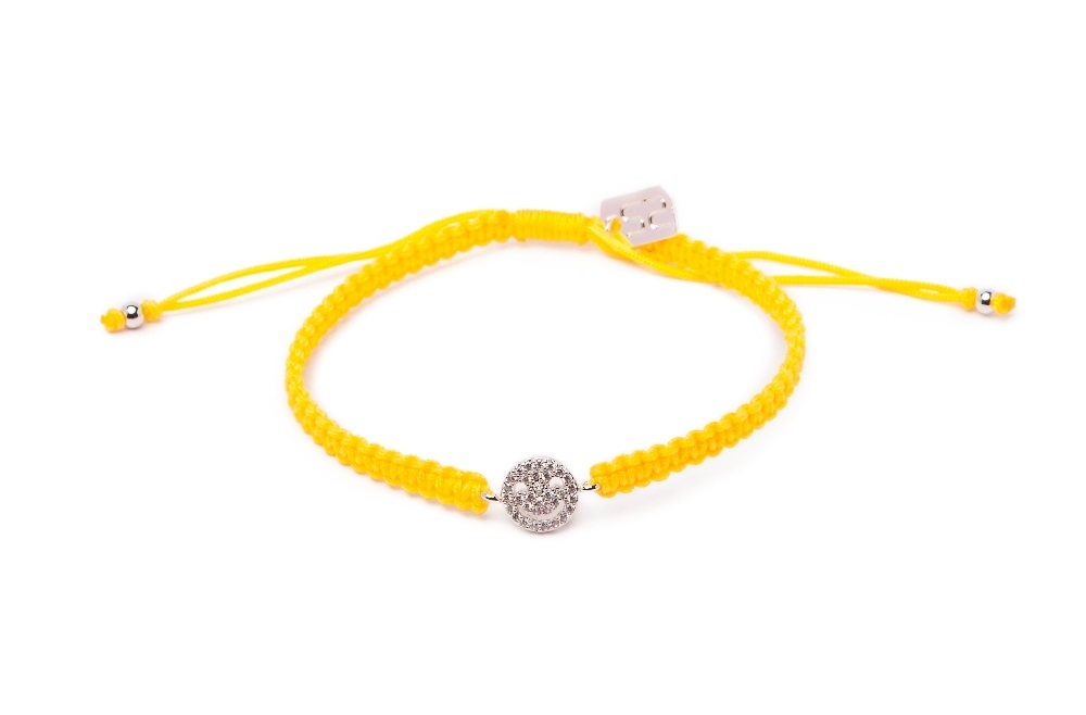 https://myshop.s3-external-3.amazonaws.com/shop5646700.pictures.SS1747_Silis_the_color_cord_bracelets_Yellow_smiley_Bracelet.jpg