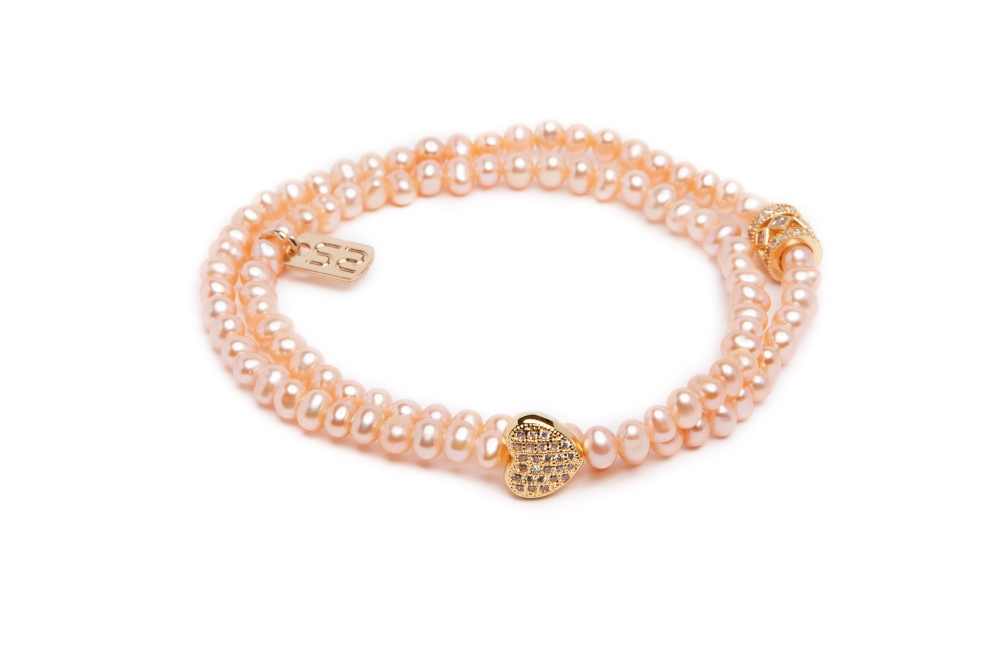 https://myshop.s3-external-3.amazonaws.com/shop5646700.pictures.Silis_Bridal_Bracelets_BRDL13.jpg