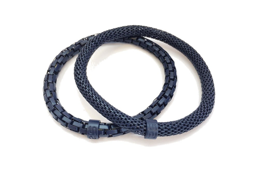 https://myshop.s3-external-3.amazonaws.com/shop5646700.pictures.Silis_Mrsilis_15_Mens_Bracelet.jpg
