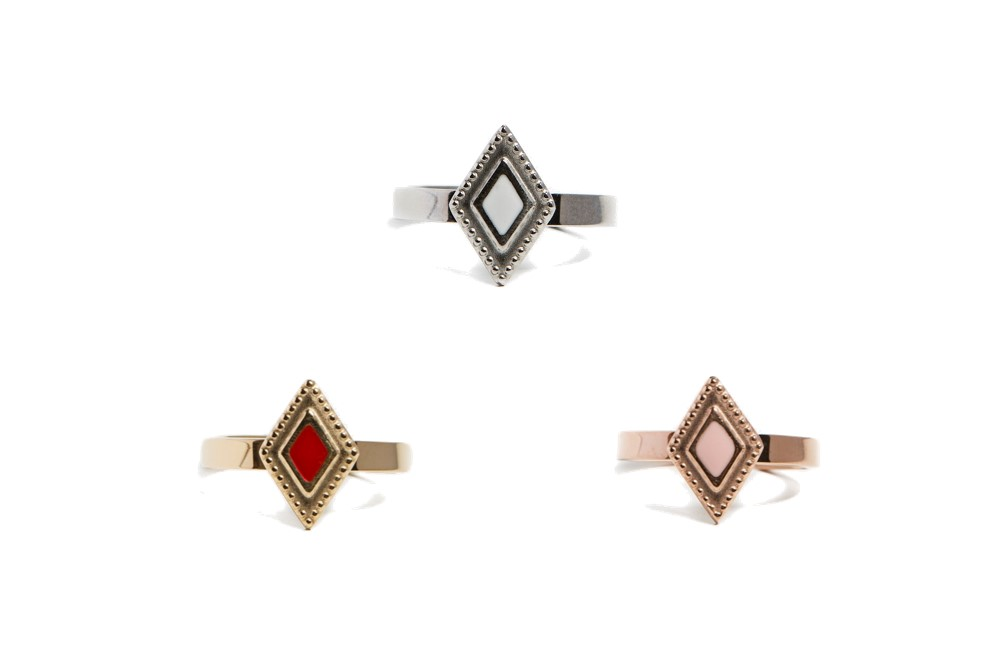 The Ring Square Gold Out | Silis Stone Ring One Size