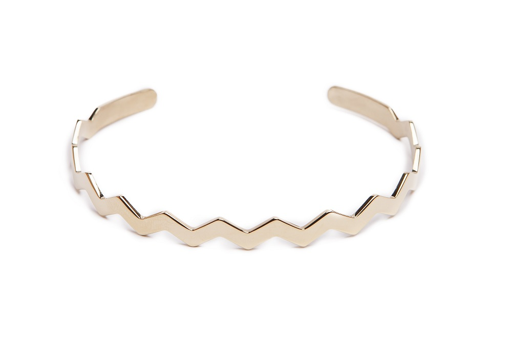 https://myshop.s3-external-3.amazonaws.com/shop5646700.pictures.Silis_The_esclave_zigzag_gold_Bracelet.jpg