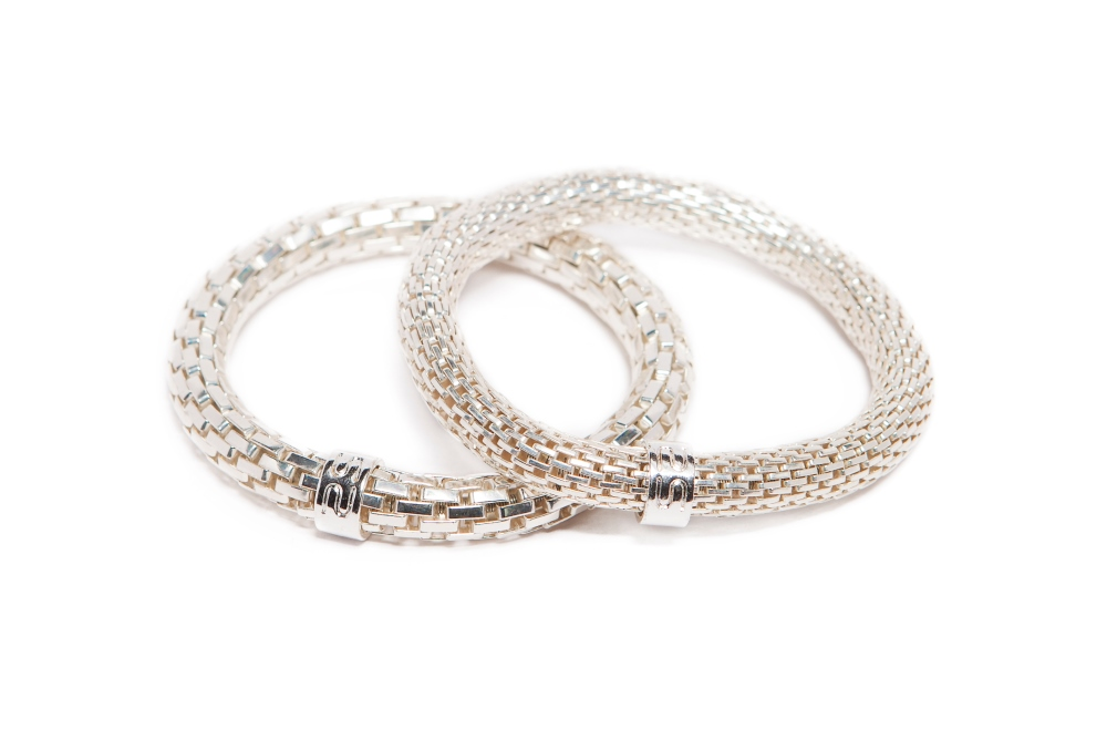 https://myshop.s3-external-3.amazonaws.com/shop5646700.pictures.Silis_The_snake_metal_silver_Bracelet.jpg