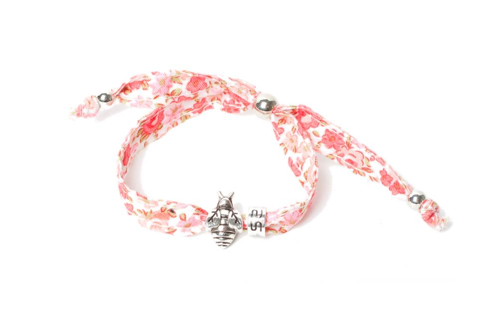 The Lucky Foral Pink & Charm Bee | Silis Bracelet for Girls
