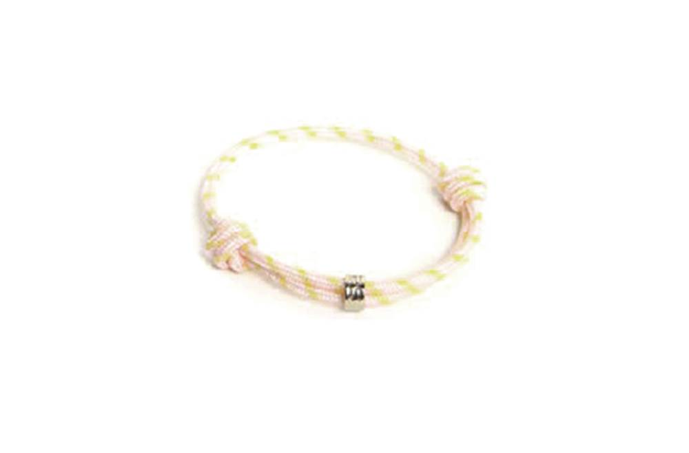 https://myshop.s3-external-3.amazonaws.com/shop5646700.pictures.Silis_Young_37_Kids_Bracelet.jpg