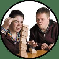 Aangepast spelmateriaal en speelgoed voor jong-gehandicapten