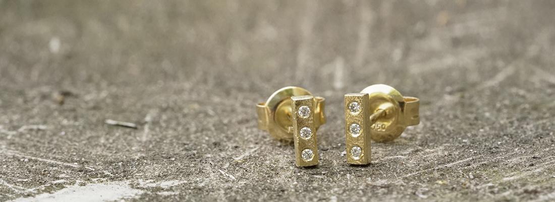 Earrings gold