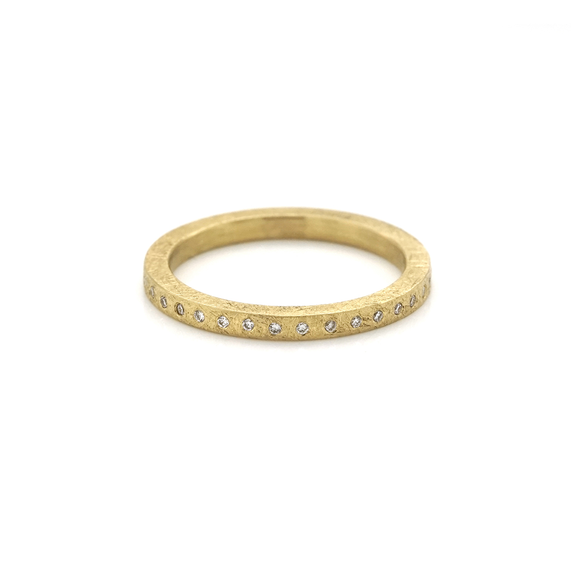 Small band ring with diamonds