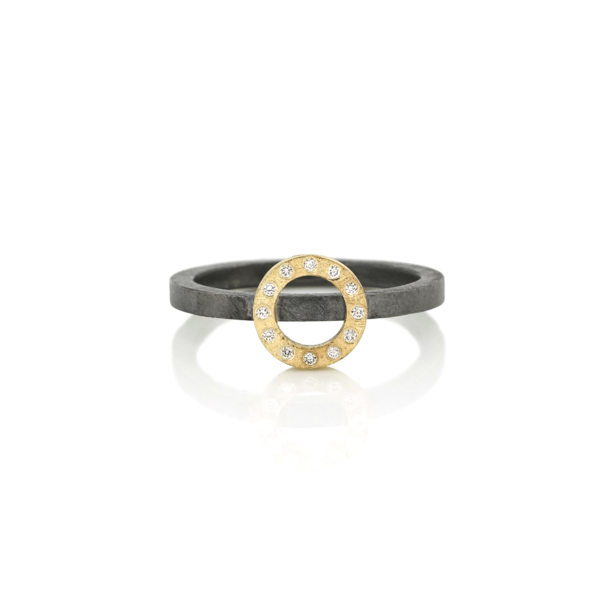Diamond ring with open circle