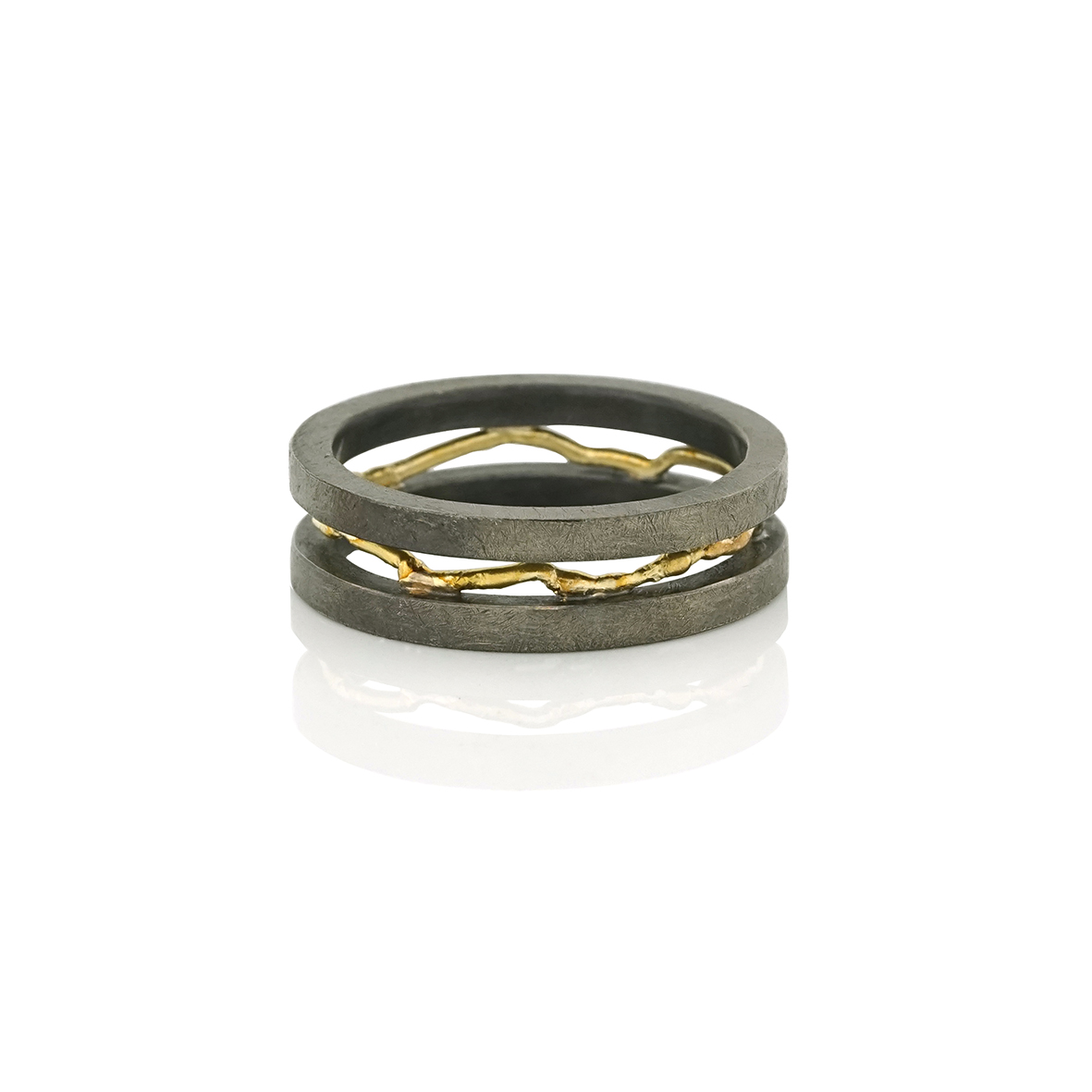 https://myshop.s3-external-3.amazonaws.com/shop5863800.pictures.shop5784300_pictures_ring-met-draad.jpg