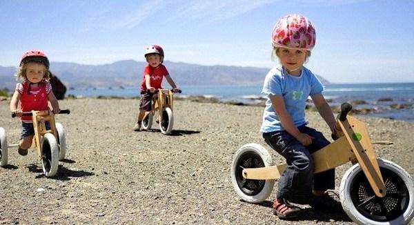 Wishbonebike Klassiek houten loopfiets